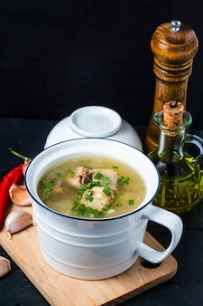 Suppe schweinerippchen