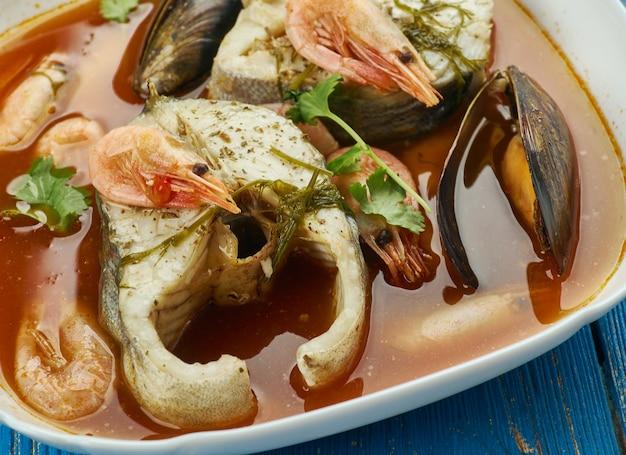 Suquet de peix - französische fischsuppe, nahaufnahme