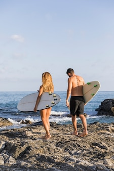 Surferpaar