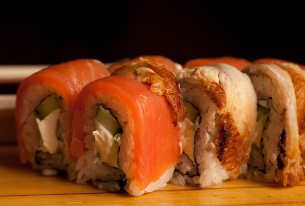 Sushi rollt hautnah