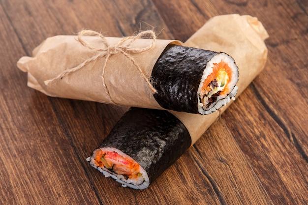 Sushiburrito - neues modisches nahrungsmittelkonzept