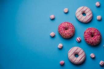 Süßes farbiges Essen auf den richtigen Blick