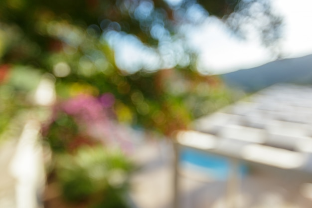 Swimmingpool der abstrakten unschärfe im hotelerholungsort