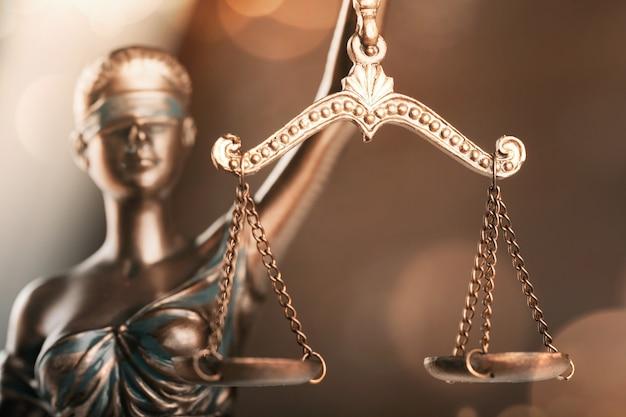 Symbol der gerechtigkeitsstatue, rechtskonzept-bild