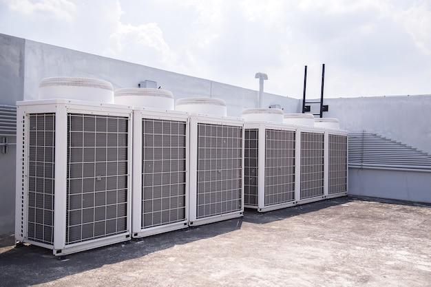 System der zentralen konditionierung auf dem dach des gebäudes