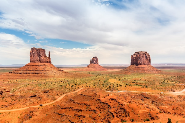 Szenische sandsteinlandschaft am monument valley