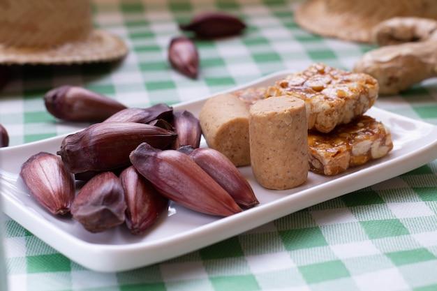 Tabelle der traditionellen brasilianischen partei namens festa junina