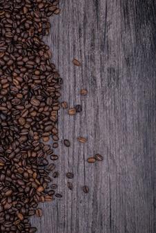 Tabelle voll von kaffeebohnen