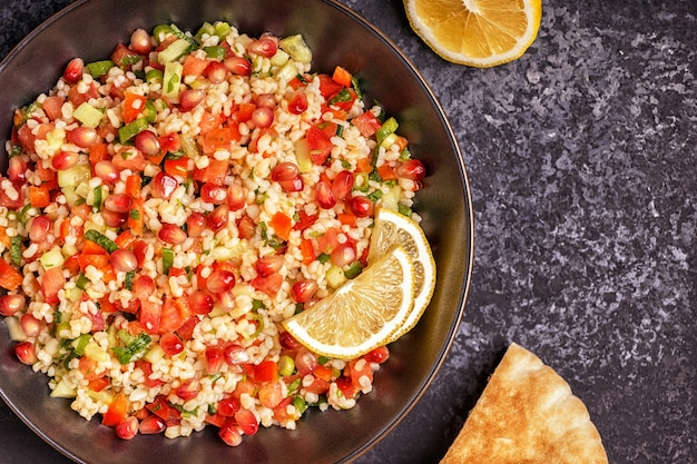 Tabouleh-salat, traditionelles nahöstliches oder arabisches gericht