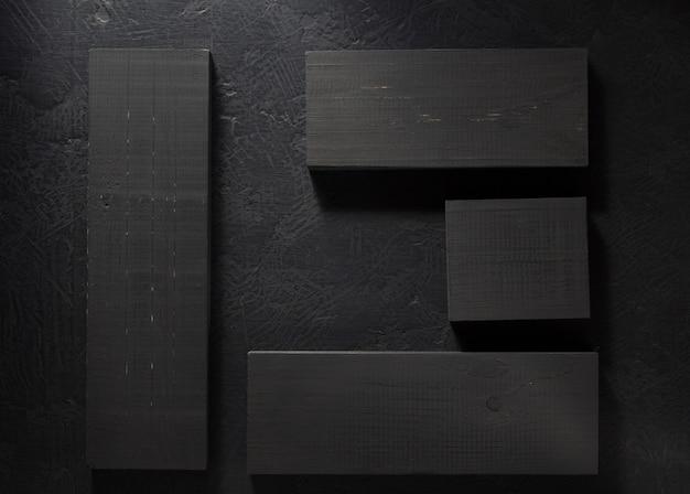 Tafel auf schwarzem hintergrund