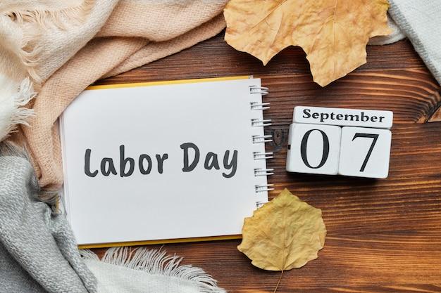 Tag der arbeit des herbstmonats kalender september
