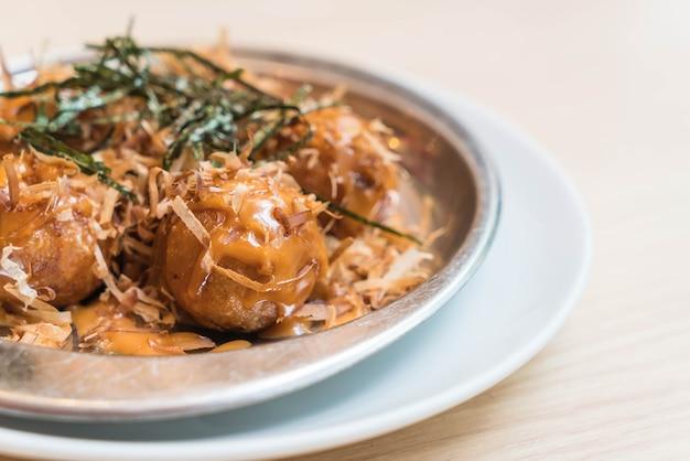 Takoyaki oder tintenfischbälle