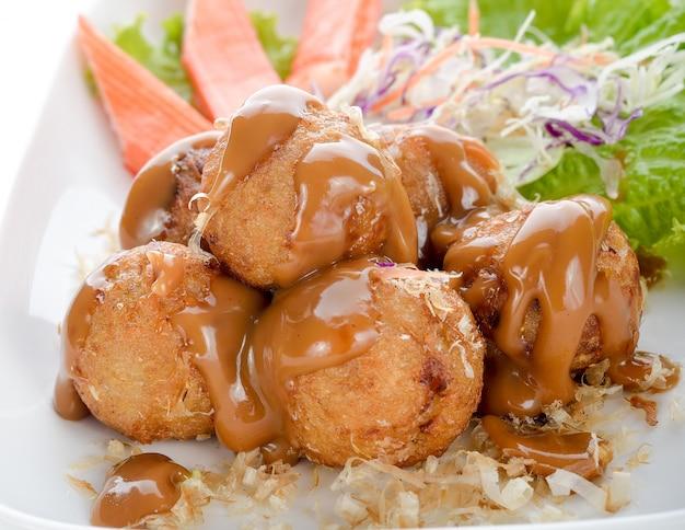 Takoyaki, tintenfischbälle, japanisches essen