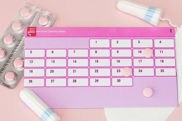 Tampons und pads mit kalender