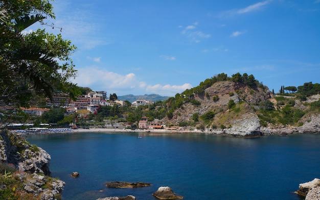Taormina sizilien, blick auf den strand