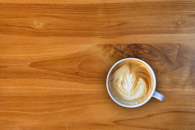 Tasse kaffee-holzbeschaffenheit