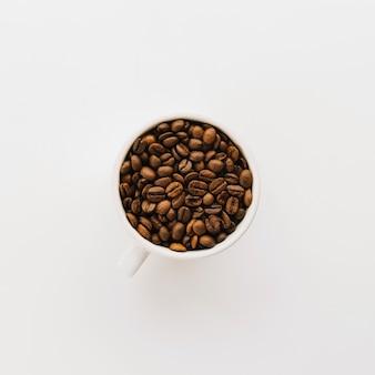 Tasse kaffee körner