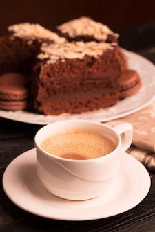 Tasse kaffee mit milch