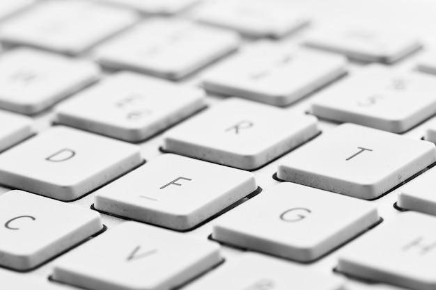 Tasten der weißen pc-tastatur