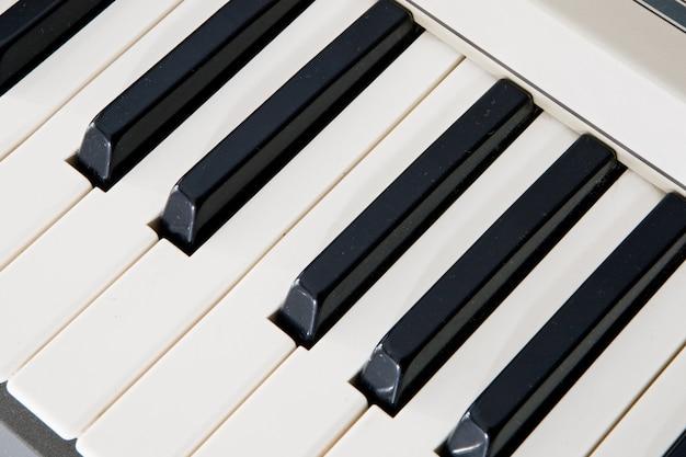 Tasten eines klaviers. dass die musik klingt!