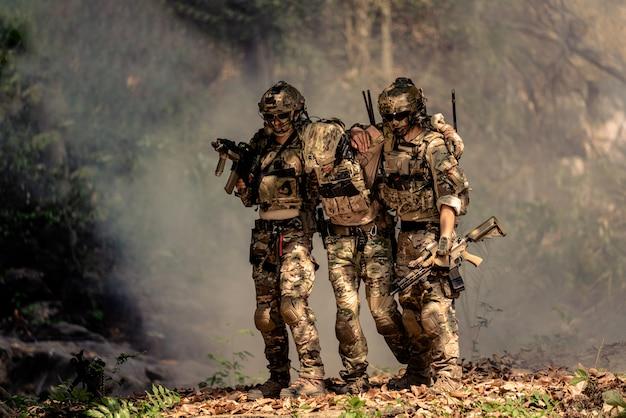 Team von soldaten