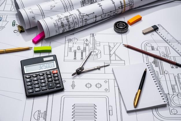 Technische zeichnungen und werkzeuge