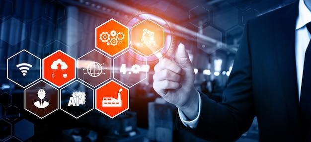 Technologiekonzept industrie 4.0 – smart factory für die vierte industrielle revolution
