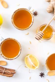 Tee mit kurkuma unter produkten