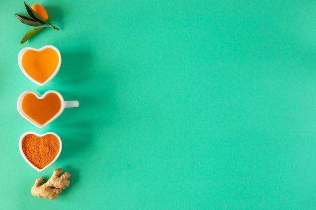 Tee mit zitrone und honig, immunstärkung und erkältungsmittel. platz kopieren.