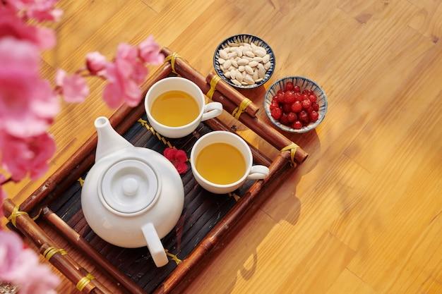 Tee und snacks