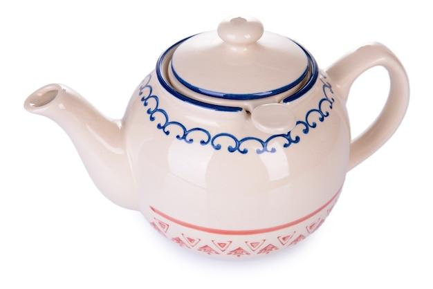 Teekanne isoliert auf weiß