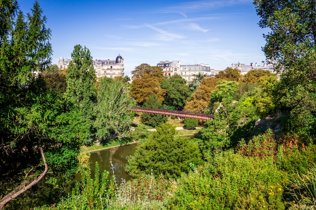 Teich im buttes-chaumont park, paris