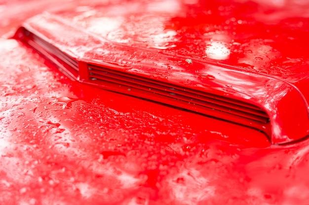 Teile des roten oldtimers
