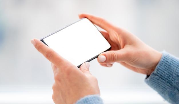 Telefon mit aktivem bildschirm