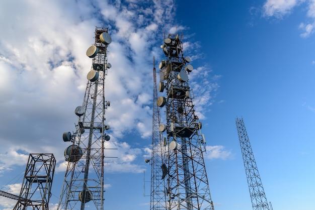 Telekommunikationstürme mit auf dem jabre-gipfel in matureia paraiba brazil