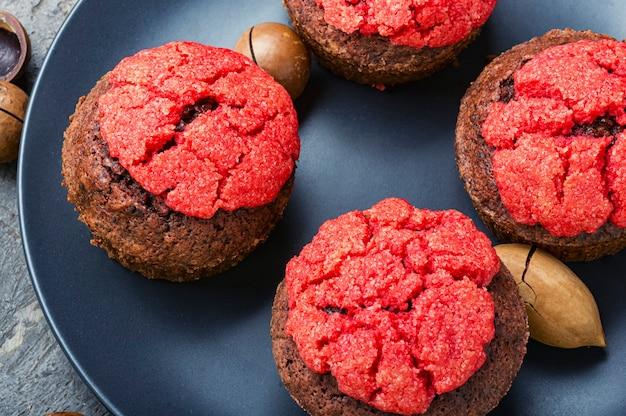 Teller mit leckeren muffins