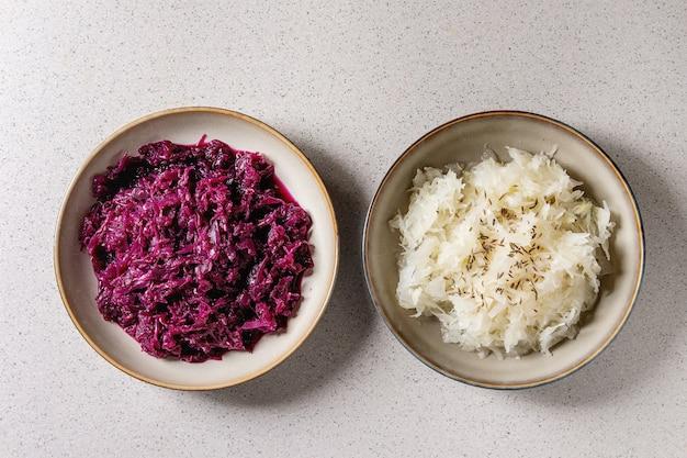 Teller mit sauerkraut