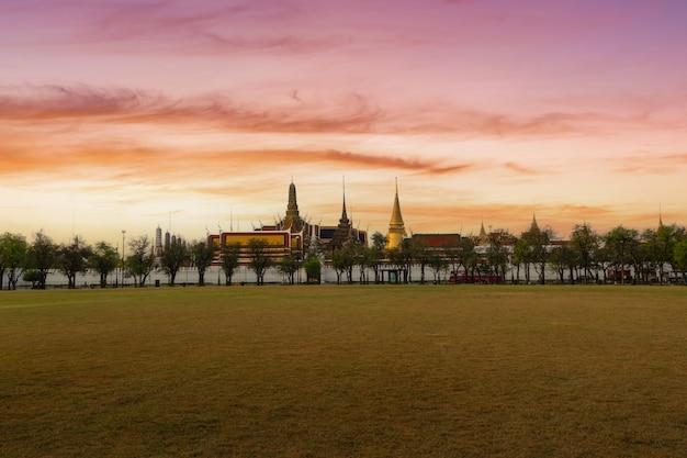 Tempel des smaragd-buddha oder wat phra kaew-tempel, bangkok, thailand