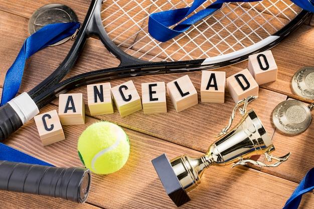 Tennisspiel ausgesetzt