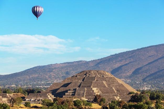 Teotihuacan alte historische kulturstadt, berühmte alte ruinen der aztekischen zivilisation, mexiko, nordamerika