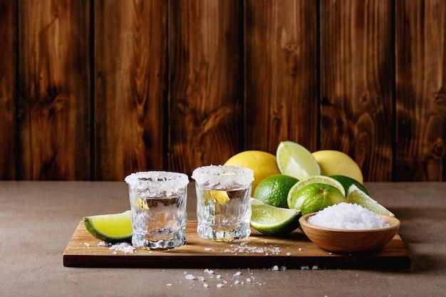Tequila in einem glas