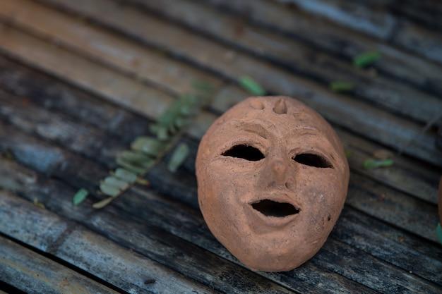 Terrakotta-maske