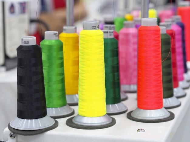 Textilfäden industrie Premium Fotos