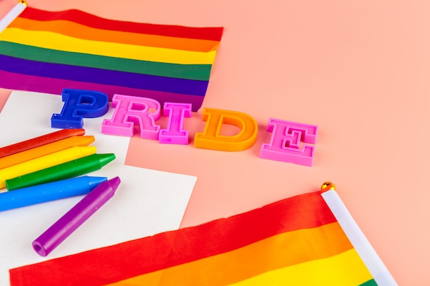Textstolz, mit lgbt regenbogenflagge