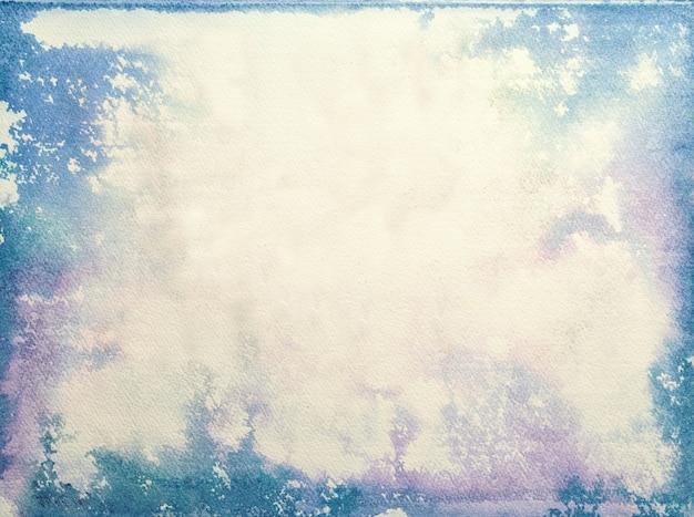 Textur des alten weißen papiers, zerknitterter hintergrund. vintage beige grunge-oberfläche mit blauem und lila rahmen und rand. struktur des handwerklichen retro-kartons mit vignette.