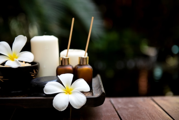 Thai spa. massage spa-aroma für gesundes wohlbefinden und entspannung.