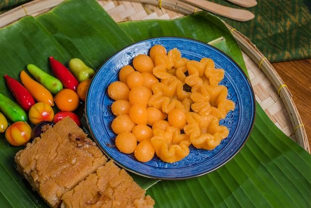Thailändische desserts sind thongyib thongyod