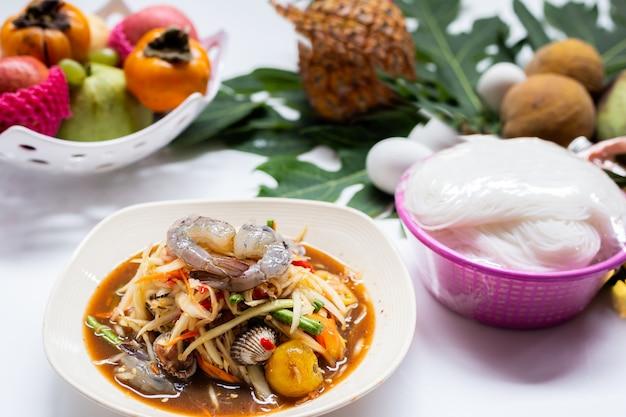 Thailändisches essen papayasalat