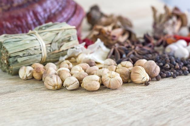 Thailändisches lebensmittelrezeptkonzept für gesundheit