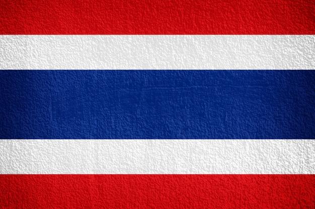 Thailand-flagge gemalt auf schmutzwand